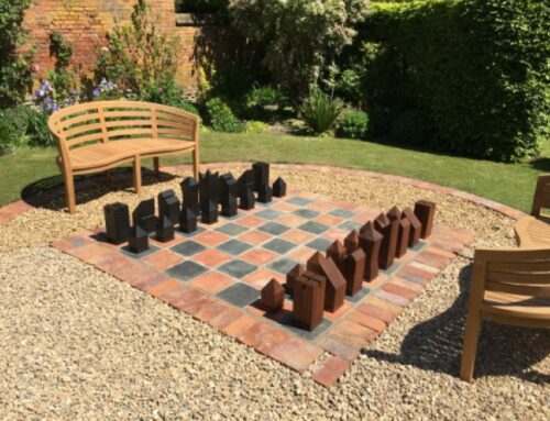 Chess set for out-door play